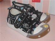 Обувка для деток на все сезоны
