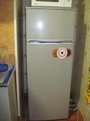 Продам двухкамерный холодильник Snaige FR-240.1161A СРОЧНО за 1700грн