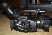 Продам профессиональную  видеокамеру Panasonic Ag-Dvx100Be
