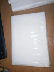 Белая простынь на резинке