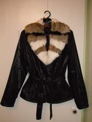 куртка весна-осень с меховым воротником