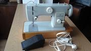 Продам швейную машину б/у Чайка 132М  с электроприводом